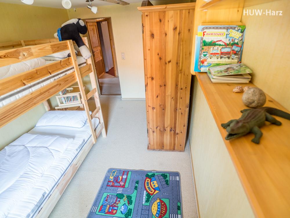 Schlaf- und Kinderzimmer 1OG
